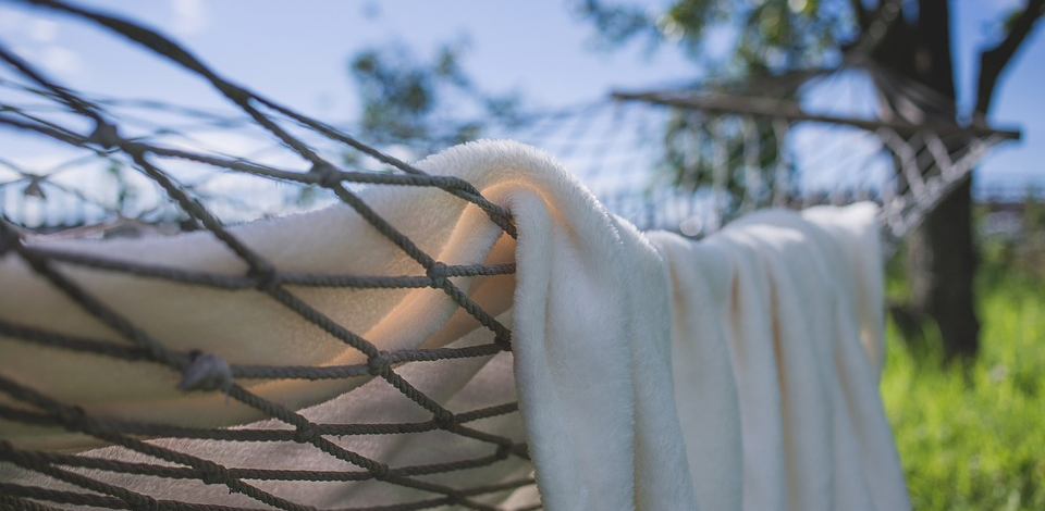 3 Reasons to Invest in a Portable Hammock